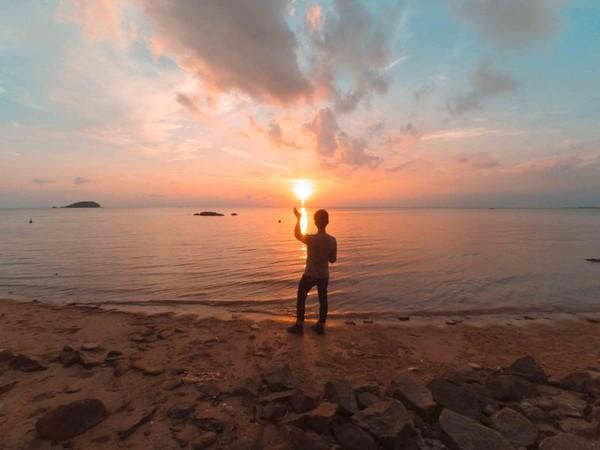 Sunset di Pantai Tanjung Pendam