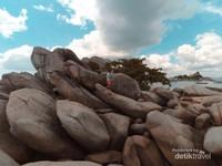 Batu granit di Pulau Lengkuas