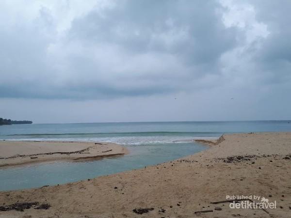 Sepinya Pantai Mapaddaget