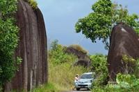 Gerbang masuk Pantai Romodong