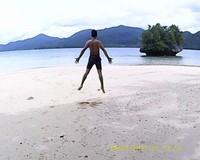 Bebas lepas menikmati pantai yang eksotis