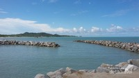 Pantai Tongaci terletak di daerah Sungailiat. Pantai dengan hamparan batu dan air laut birunya ditambah adanya tempat penangkaran penyu sangat cocok untuk menemani weekend kalian bersama keluarga