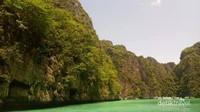 Menyusuri pantai Phuket