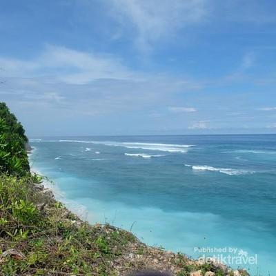 Pantai di Bali Bisa Bikin Hati Tenang