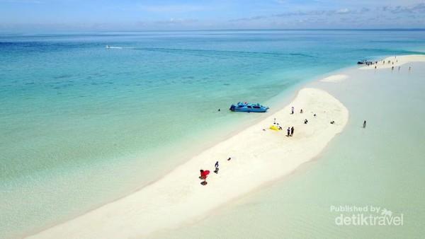 Pulau Pasir Kepulauan Derawan