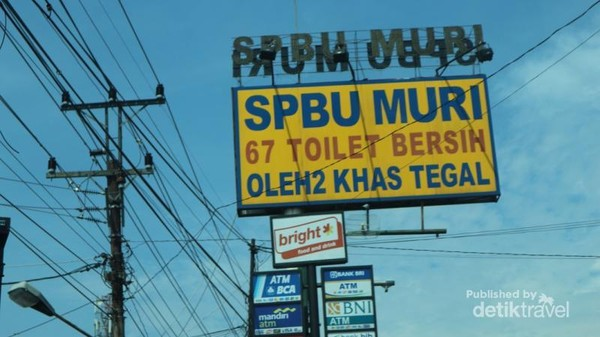 SPBU MURI terkenal karena jumlah toilet dan kamar mandinya yang cukup banyak