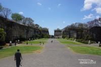 Plaza Garuda di Kompleks GWK