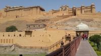 Benteng dan Istana Amer berdiri megah di atas bukit amer,telah ditetapkan sebagai situs warisan dunia oleh UNESCO pada tahun 2013