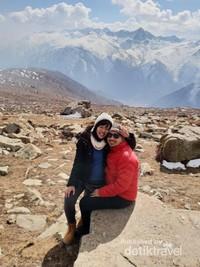 Himalayan Range dilihat dari Gulmarg, Kashmir
