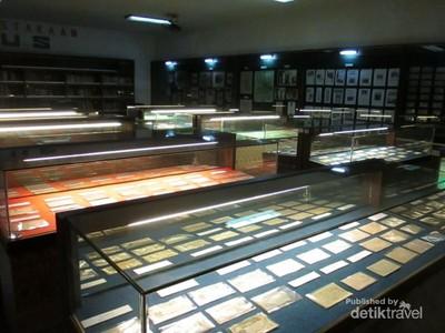 Sumatera juga Punya Museum Uang di Medan