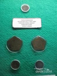 Koleksi uang koin