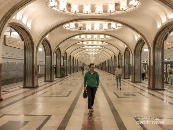 Stasiun Mayakovskaya