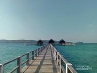 Beberapa resor yang ada di Pulau Bokori