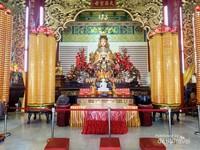 Patung Dewi Tian Hou, salah satu patung yang ada di Ruang Doa