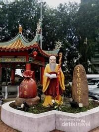 Patung Dewa Yue Lao, Dewa Perkawinan dan Cinta