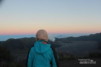 Menikmati keindahan alam Gunung Bromo