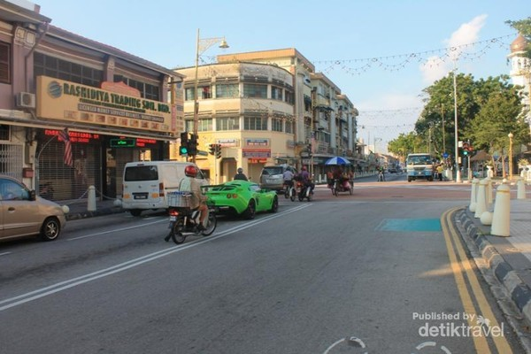 Jalanan Kota Penang, sepi dan sangat teratur