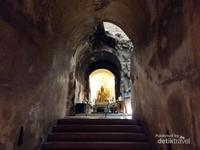 Wat Umong, kuil yang berada dibawah tanah