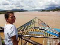 Sungai Mekhong yang membelah 3 negara; Thailand, Myanmar dan Laos