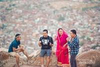 Menanti sunset di puncak Jaipur