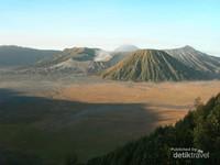 Pemandangan di Penanjakkan Gunung Bromo