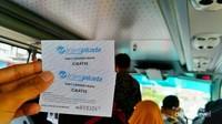 Setiap penumpang akan diberi tiket ini sebagai syarat untuk naik bus