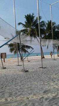 Fasilitas flying trapeze di Club Med Kani yang menarik perhatian para tamu