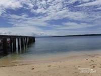 Siladen, pulau kecil di kawasan Taman Nasional Bunaken