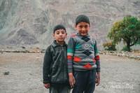 Anak laki-laki di Desa Turtuk