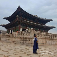 sensasi pakai hanbook di istana, serasa bagai raja