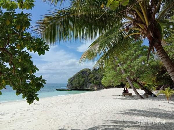 Pantai Cantik ini menjadi tempat para Penyu Singgah dan bertelur
