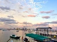 Mengintip aktivitas masyarakat di Pulau Lae-Lae