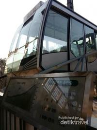 Kereta gantung menuju puncak Gunung Seorak