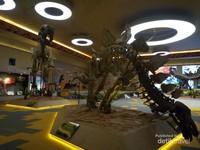 Museum dino yang sangat instagramable. Ada banyak rangka dinosaurus yang bisa jadi latar foto.