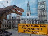 Persebaran habitat dinosaurus ternyata sangat luas, tidak hanya lintas kecamatan tapi sudah lintas benua.