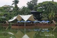 Tenda (saung) utama