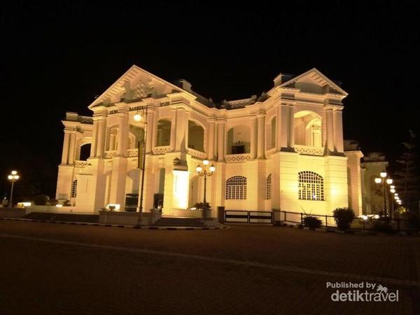 Gedung Dewan Bandaraya Ipoh
