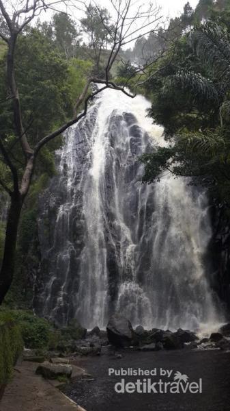 Air Terjun Magis dari Pulau Samosir