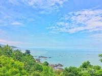 Viewnya adalah pantai