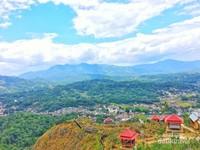 Melihat pemandangan Tana Toraja dari ketinggian
