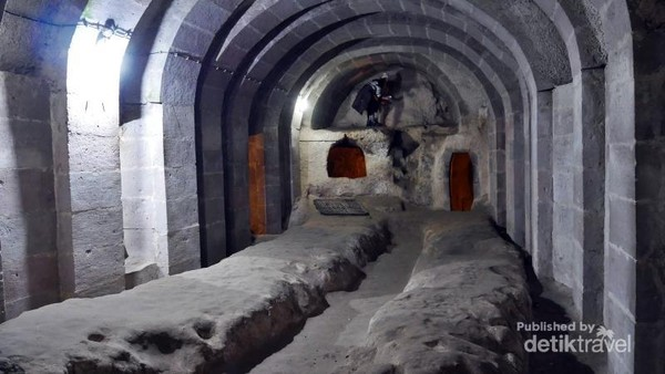 Salah satu ruangan di kota bawah tanah