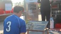 Banyak pengunjung yang datang untuk mendoakan almarhum Admiral Krom Luang Jumborn