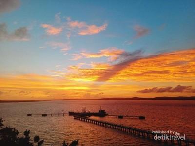 Menikmati Sunset di Kupang, Asyiknya dari Kafe Ini
