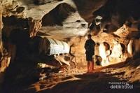 Nah ini peti mati di dalam gua nya