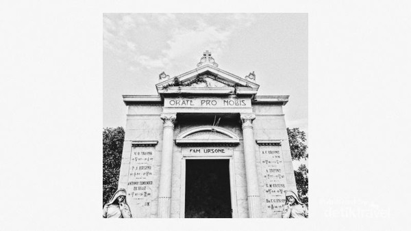 Makam Ursone