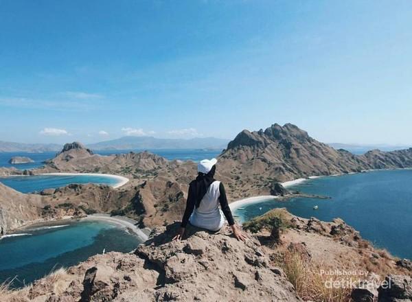 Pemandangan ikonik Pulau Padar