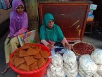 Kuliner Khas Alor, Kue Rambut, Jagung Titi dan Kacang Kenari