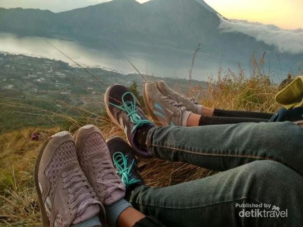 pemandangan di atas puncak Gunung Batur