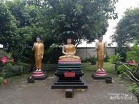 Rupang Buddha dan Raja Ular Mucalinda