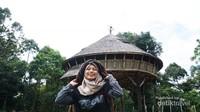 Rumah Adat Suku Dayak Bidayuh yang terletak di perbatasan negara Indonesia dan Malaysia